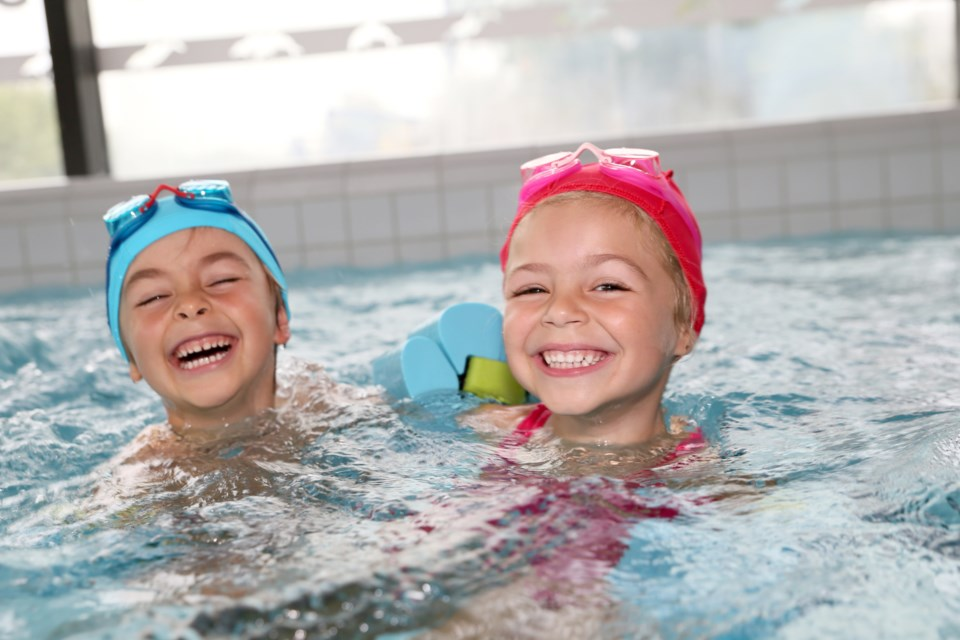 053019-recreation centre-pool-public swim-swimming lessons-AdobeStock_97205048