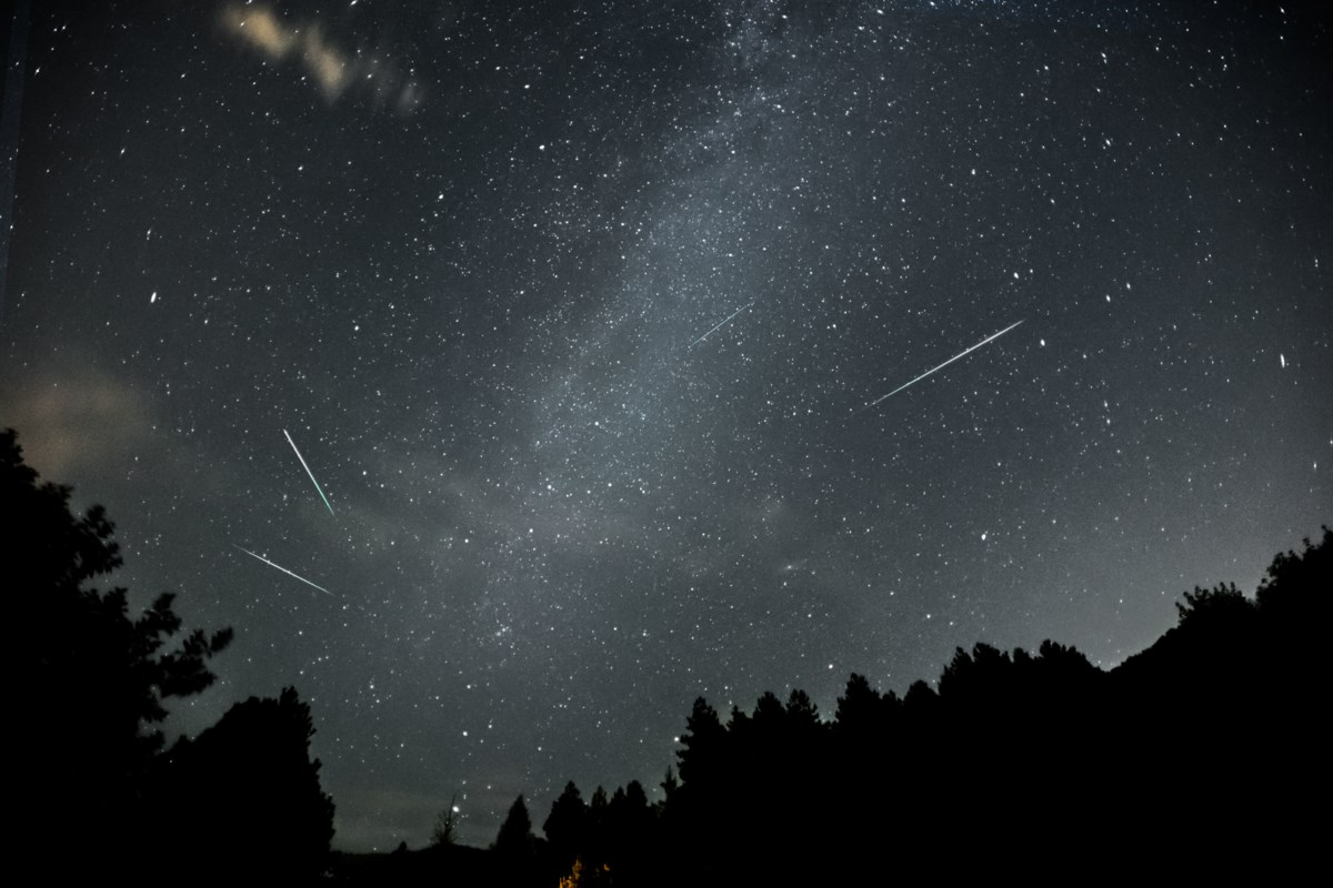 Cloudy skies and full moon could hamper Halifax skygazers during meteor shower peak