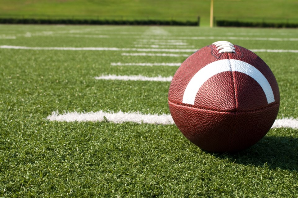 111017-AdobeStock_25094192-football