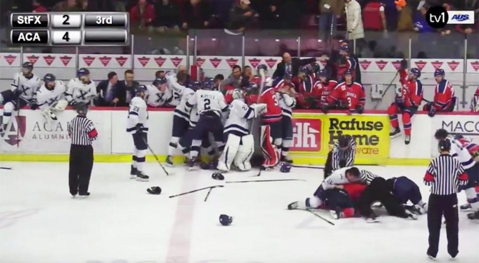 StFrancis_Acadia_hockey_brawl-1040x572