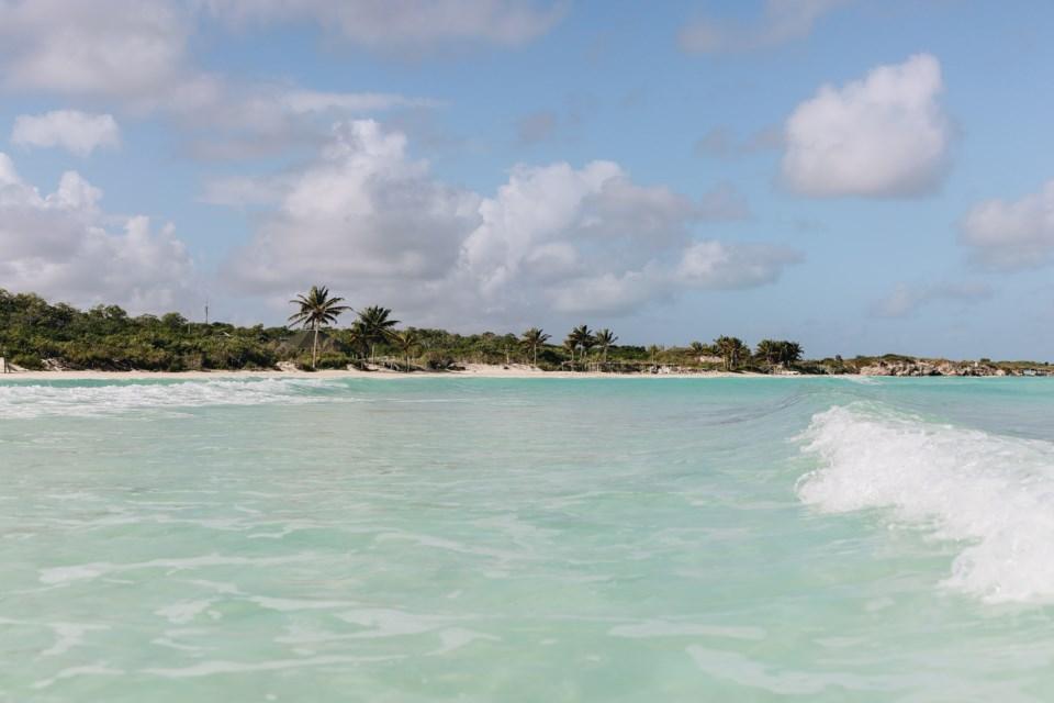 102920 - cuba - vacation - tropical - pexels-alleksana-4226144