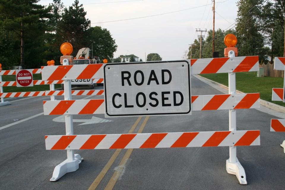 030819-road closed-construction-AdobeStock_1576699