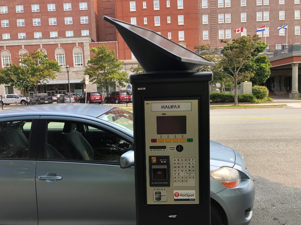 091720 - hrm parking pay station - IMG_7672