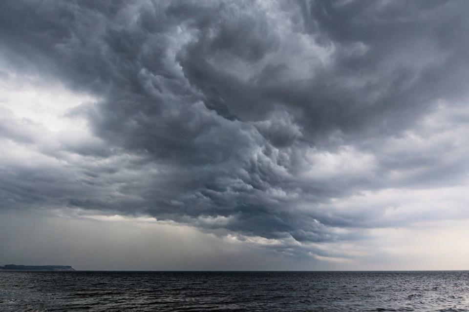080818-thunderstorm-dark clouds-storm-AdobeStock_52265048