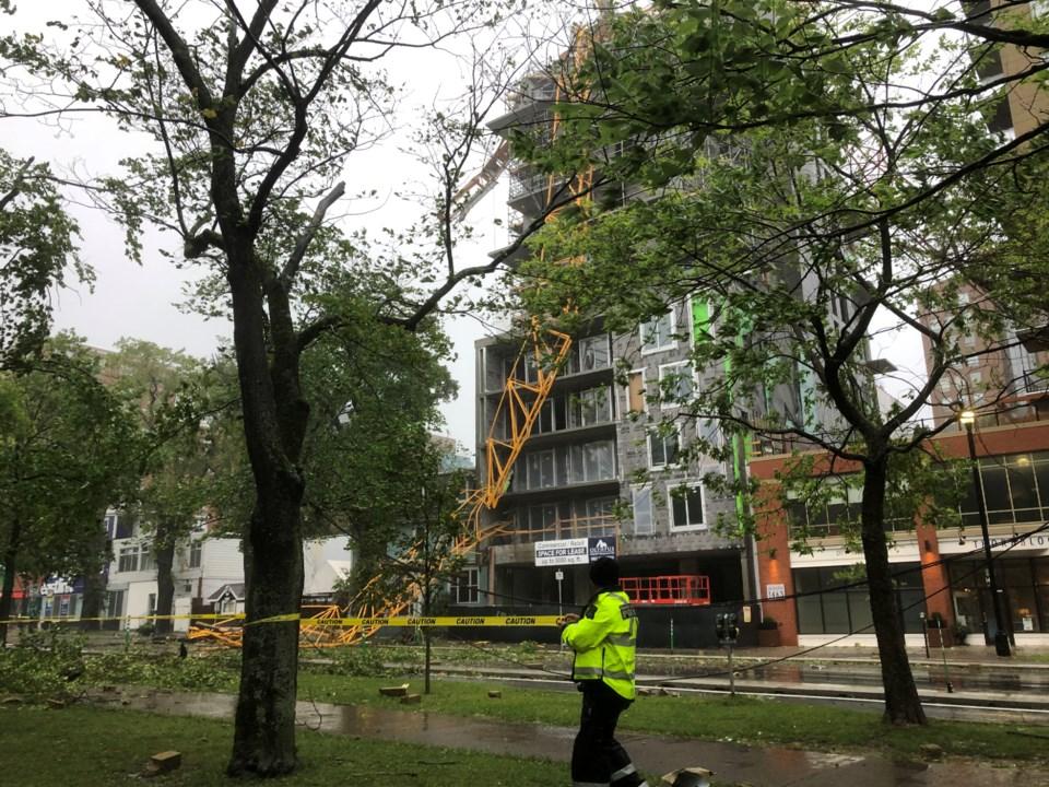 090719-construction crane-IMG_3432