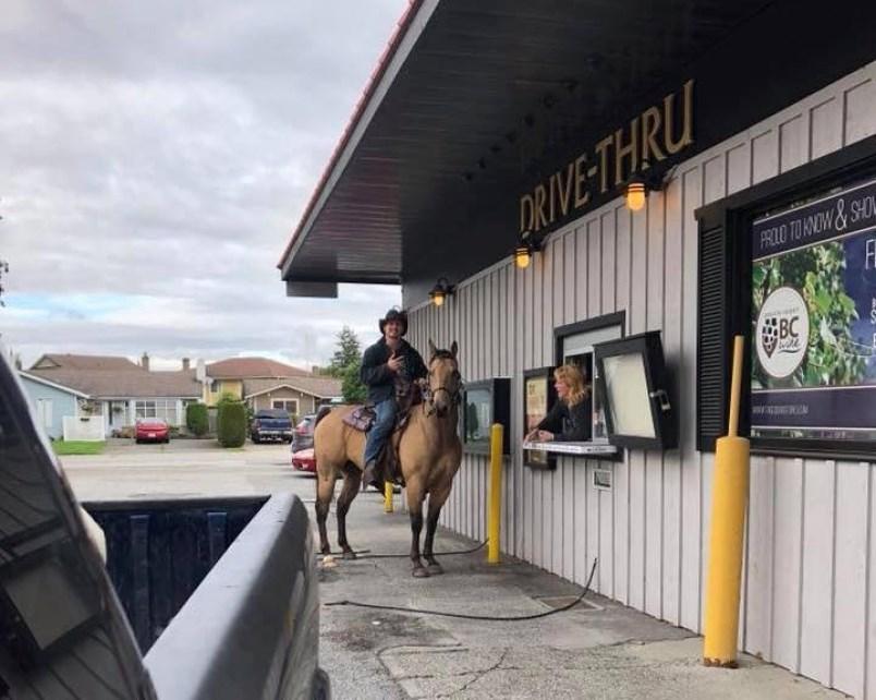 man-rides-horse-through-liquor-store-drive-thru