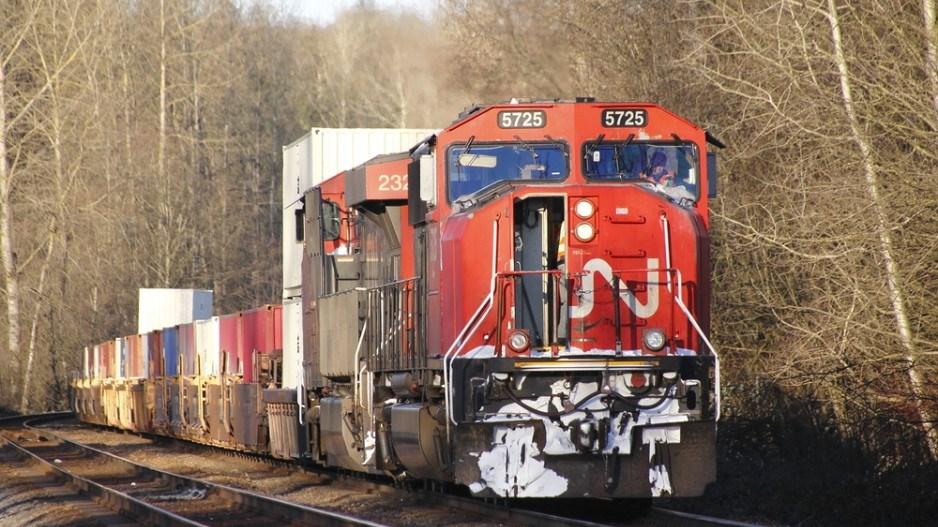 CN train-shutterstock