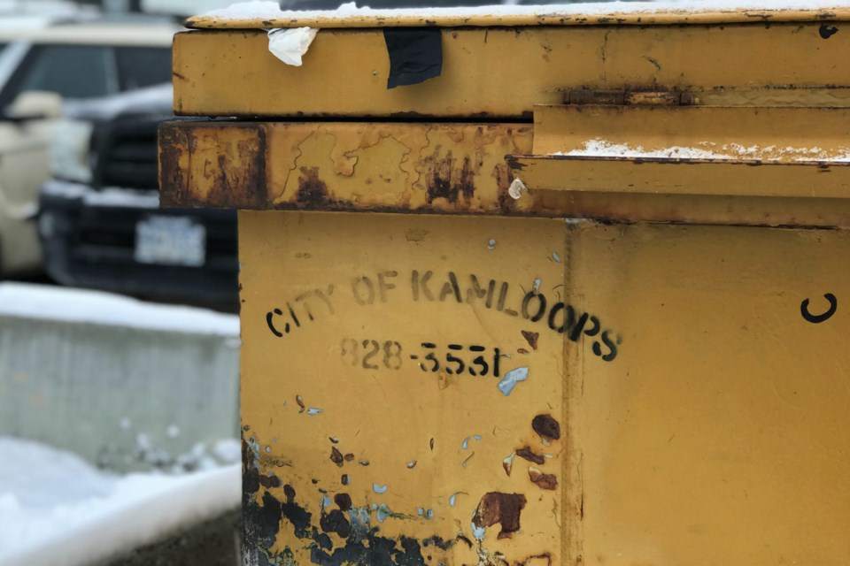 dumpster close up