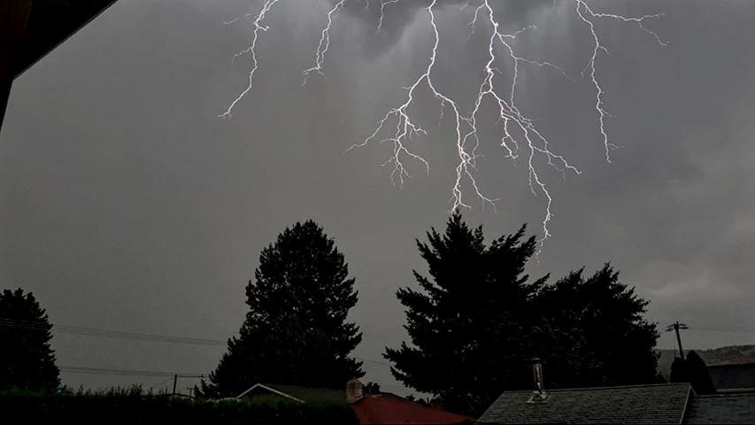 kam lightning