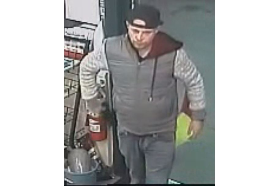 """The man isdescribed as a Caucasian male, 5'6""""tall, with a medium build, brown hair, some facial hair and a chipped right upper tooth. (via BC RCMP)"""