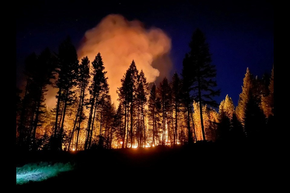 Sparks Lake fire