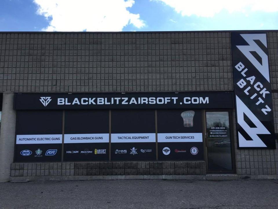 BlackBlitz1