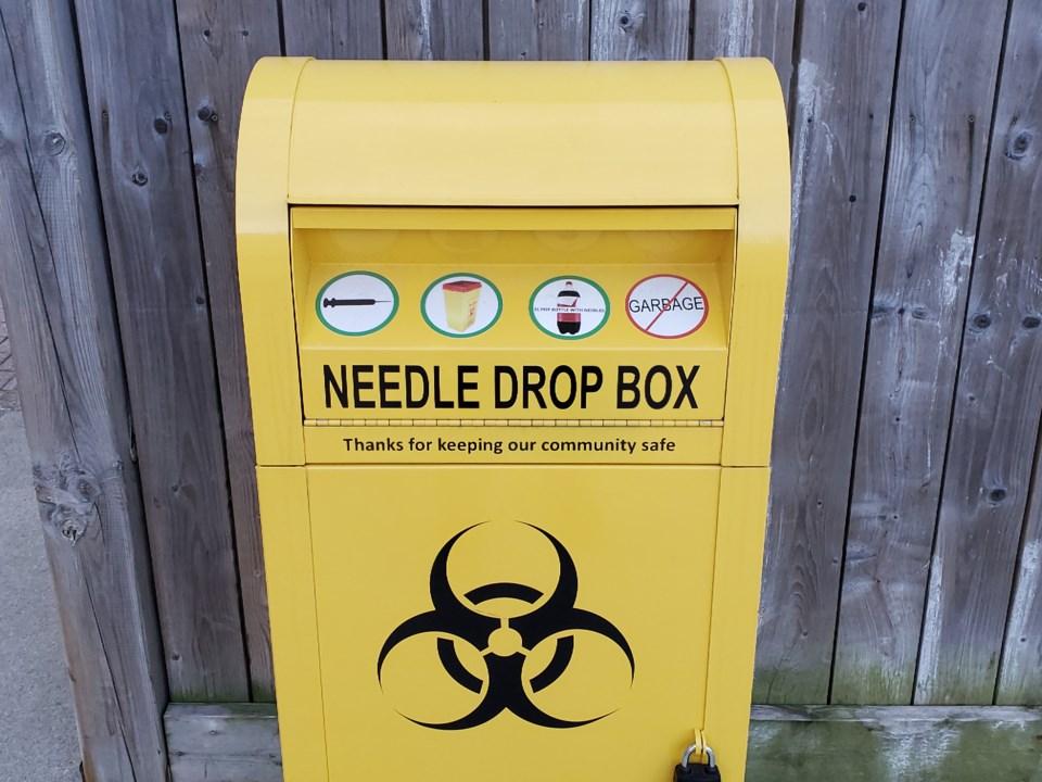 Needle drop box