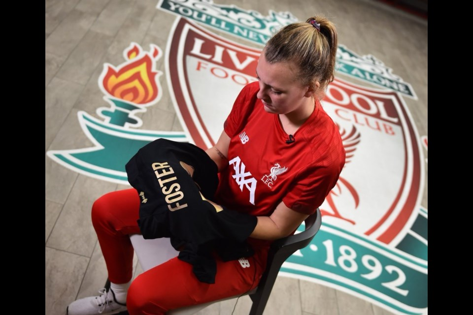 Photo via Liverpool FC Women.