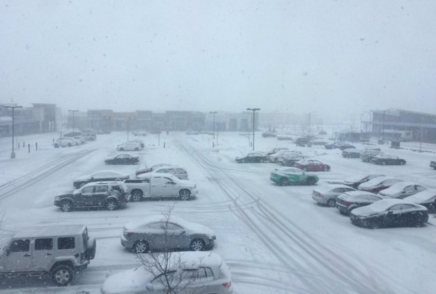 snow-570
