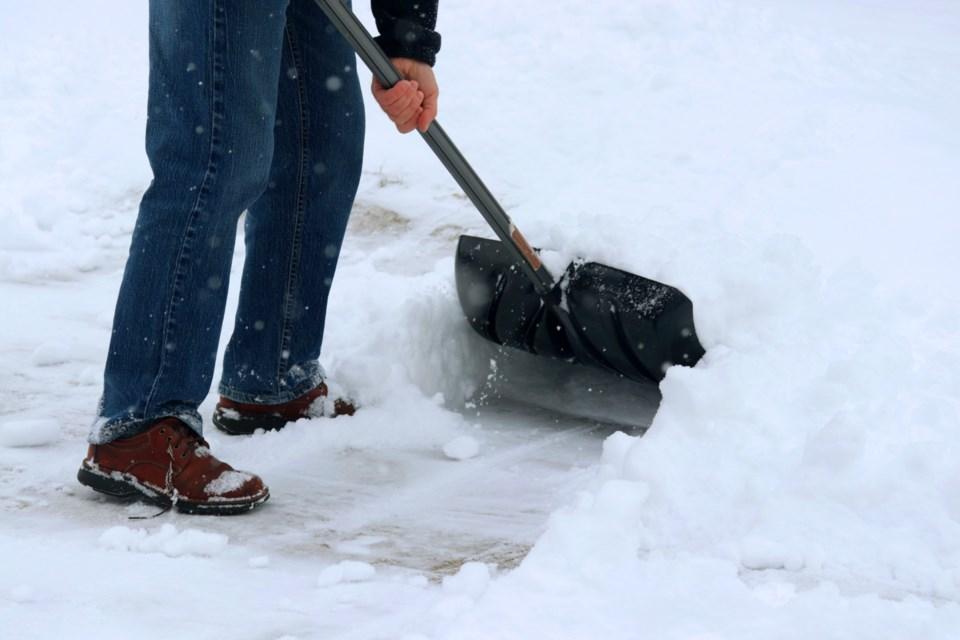 Snow shovel 2
