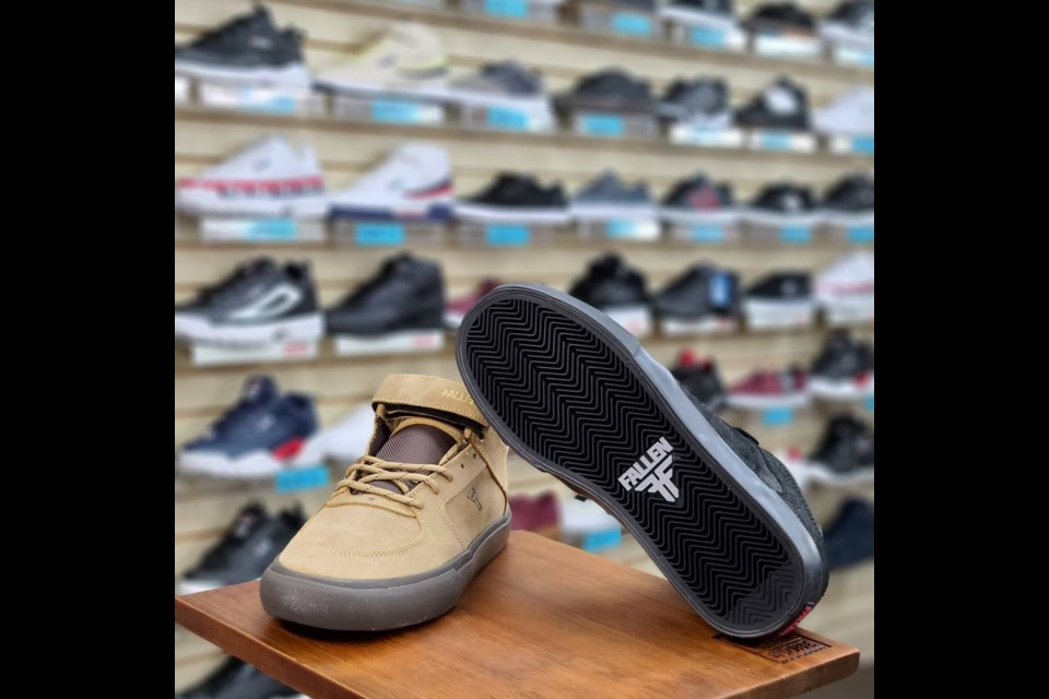 The suspect in a recent break-in reportedly sized up the shoe displays before stealing them and $2,000 worth of merchandise. A 30, year old Lac La Biche man has been arrested.   Image:facebook.com/Highpoint-clothing