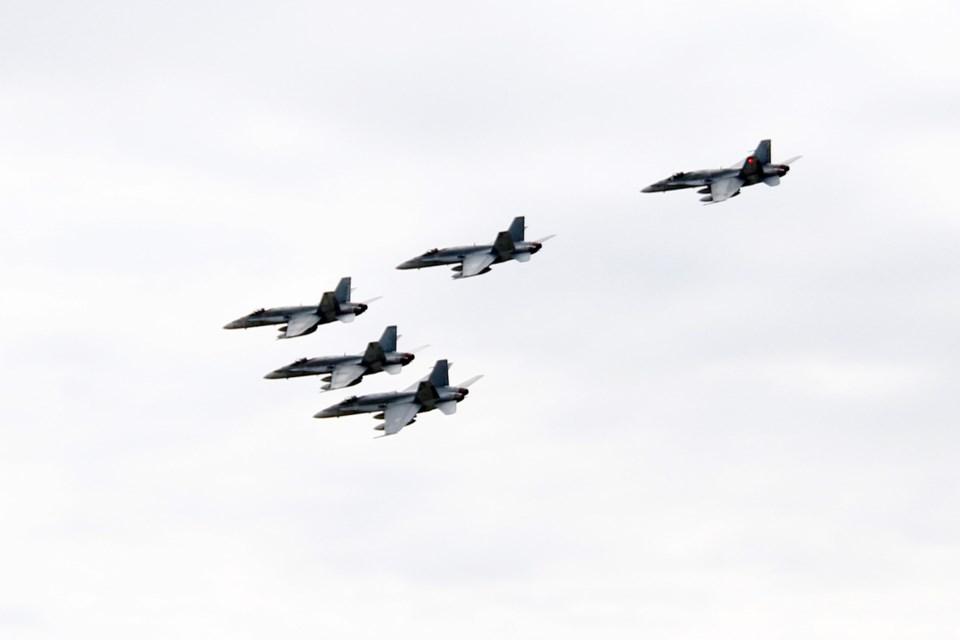 4 Wing Jets WEB