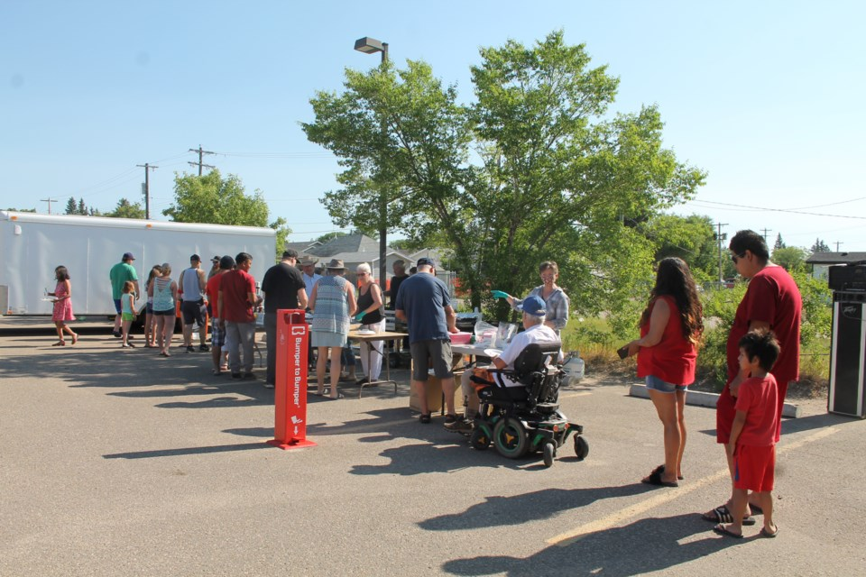 With no plans for Canada Day in place due to the 15-month series of COVID-19 regulations, Glenn and Shirley Harms of Lakeland Realty rallied the troops at the last minute and continued Elk Point's longstanding July 1 tradition by hosting a much-enjoyed pancake breakfast for 500-plus visitors.