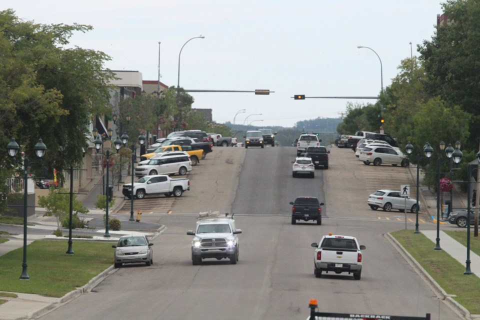 Traffic flow, parking and business interruption were discussed again at the most recent council meeting. With initial design plans already approved, some councillors  don't want to move backwards with the streetscape plans.