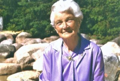 Truhn, Agnes Elizabeth