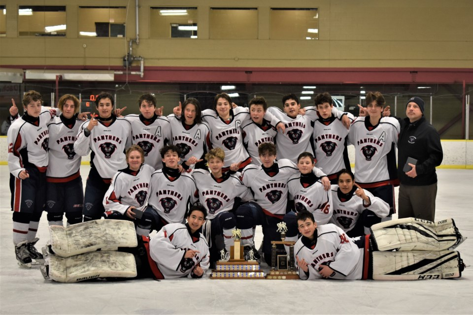 For the second year in a row, the Lakeland Panthers Bantam AA went undefeated to win gold at the Henry White Trophy Tournament of Champions in Edmonton. Photo submitted.