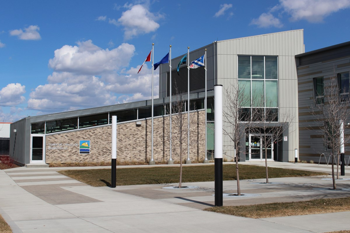Town imposes new restriction on council meetings