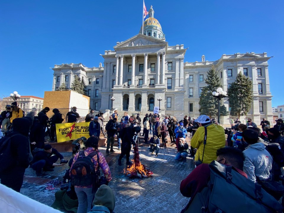 2021_01_21_LL_CO_NEWSLINE_CAPITOL_PROTEST