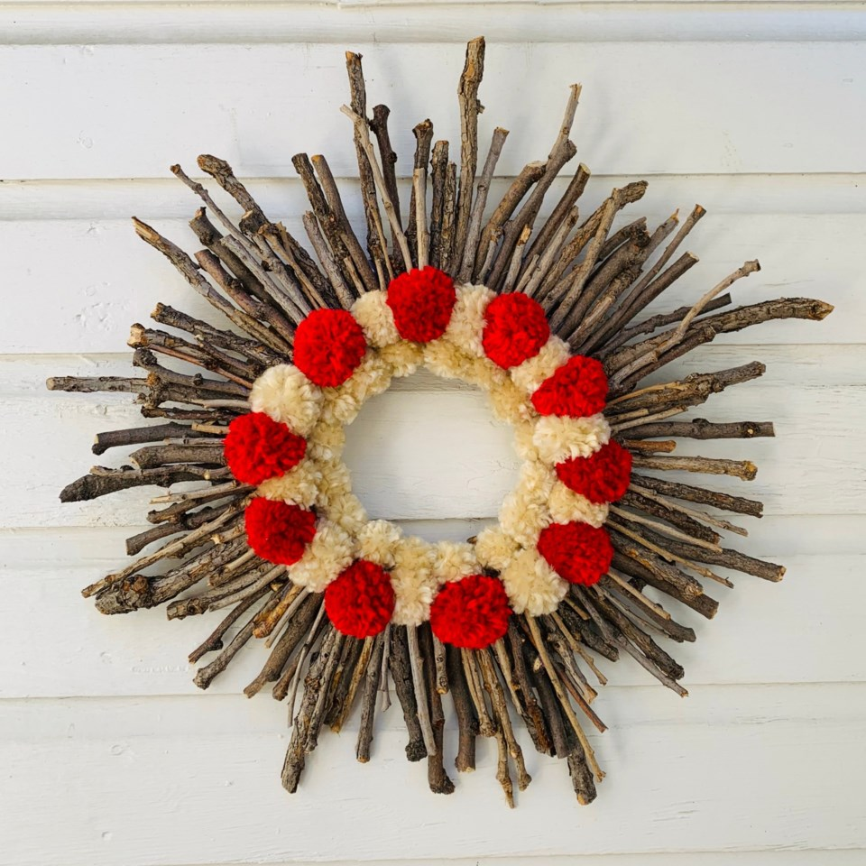 2020_09_02_LL_museum_paint_sip_wreaths