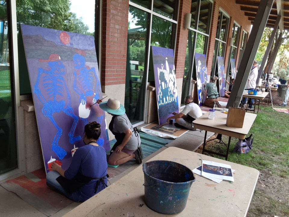 2020_09_20_dayofdead_mural_painting2