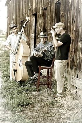 Felonius Trio