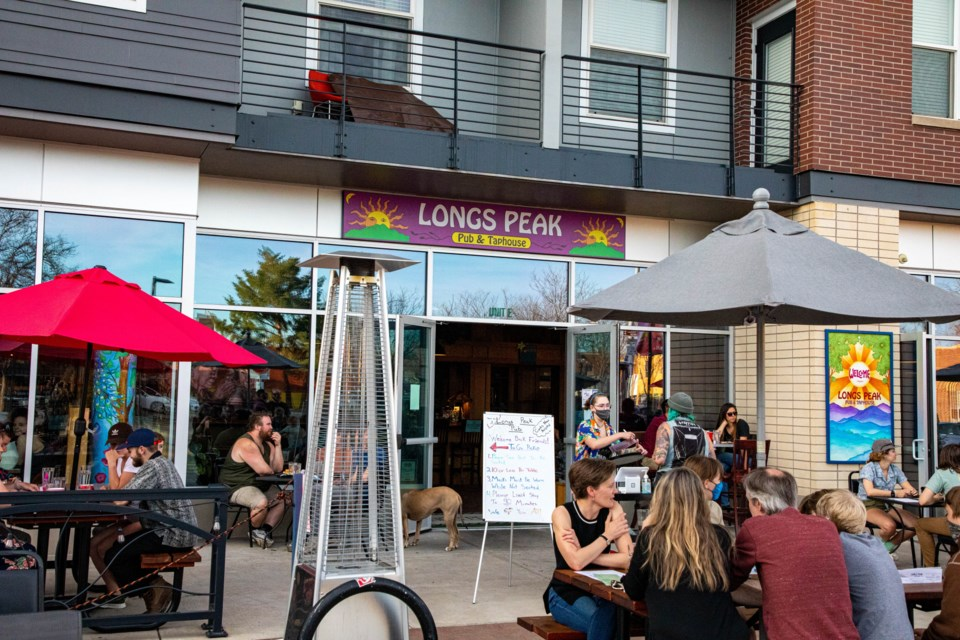 Long's Peak pubs patio is bustling on a Friday evening