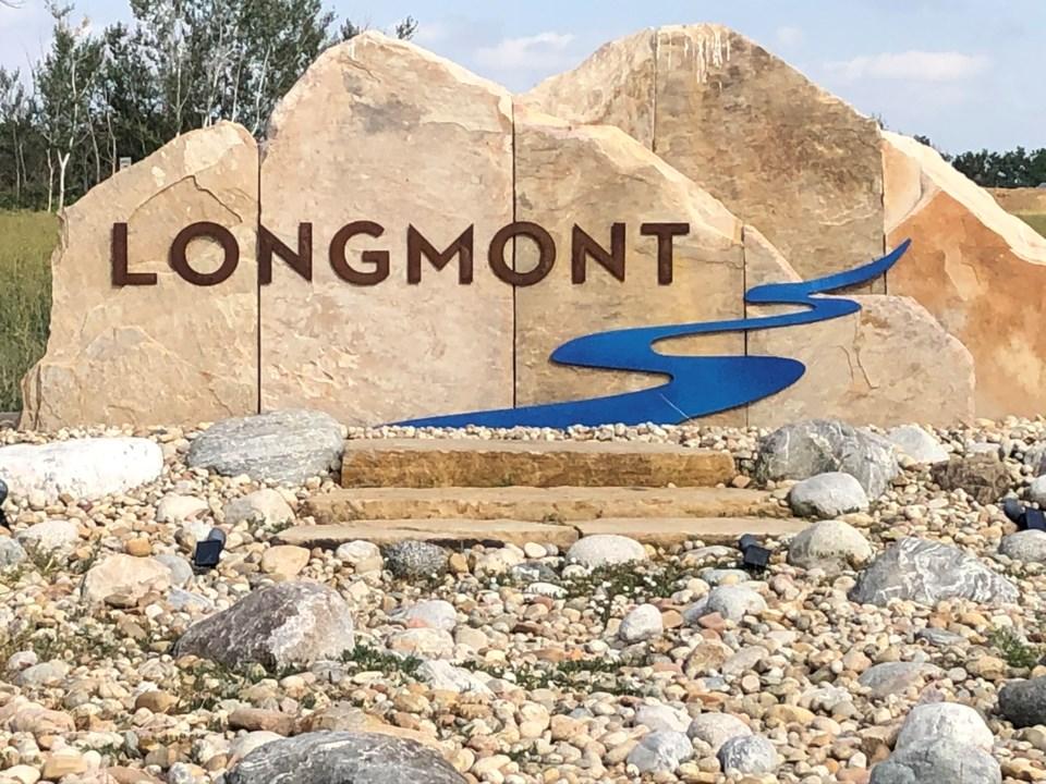 2020_07_21_LL_LONGMONT_CITY_SIGN_STOCK
