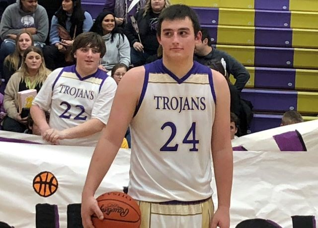 Sebring senior Gabe Lanzer scored his 1,000th career point last Friday against Springfield. (Photo by Tom Williams)
