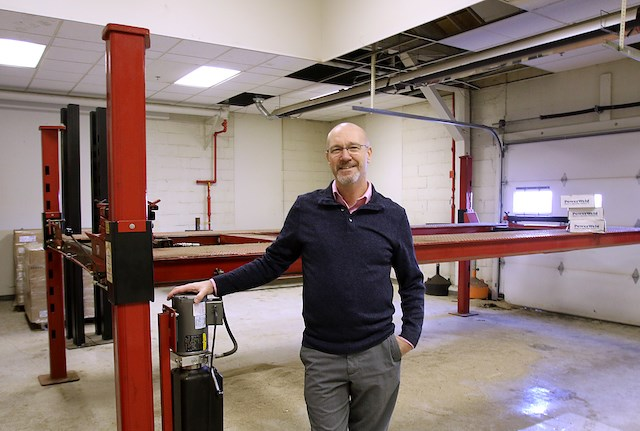John Whalen, COO of Steel Valley Lifts, said the company has just installed a new powder coat machine to paint all the steel lifts made with American steel. Photo by Bob Yosay