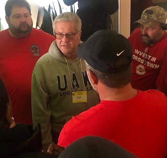 UAW Local 1112 President Tim O'Hara discusses the contract with supporters of the GM Lordstown Assembly Complex during the council meeting in Detroit on Thursday. Photo by Jess Hardin