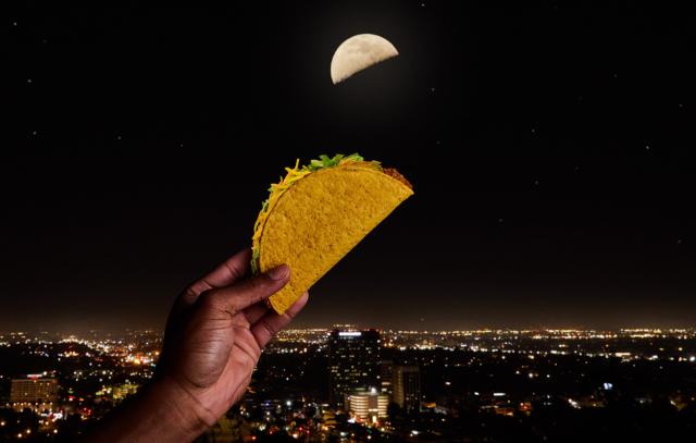 Taco Bell - Taco Moon