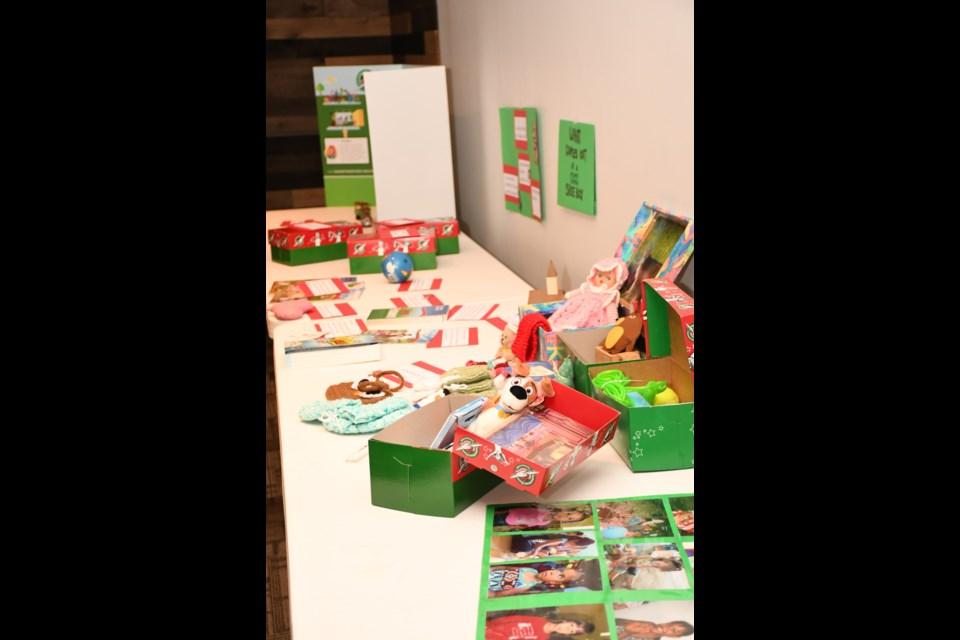 Operation Christmas Child Shoebox Display.Operation Christmas Child Uses Gift Filled Shoeboxes To