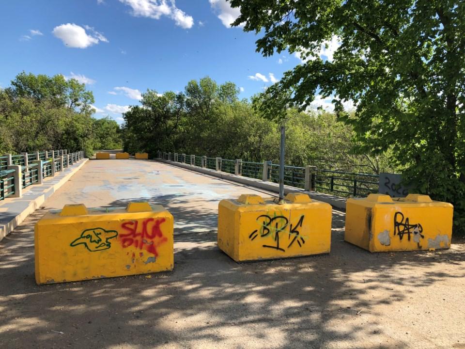 Seventh Ave bridge