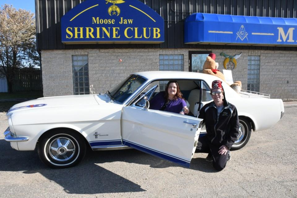 Shrine car 1b