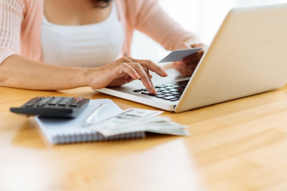 paying bills online stock