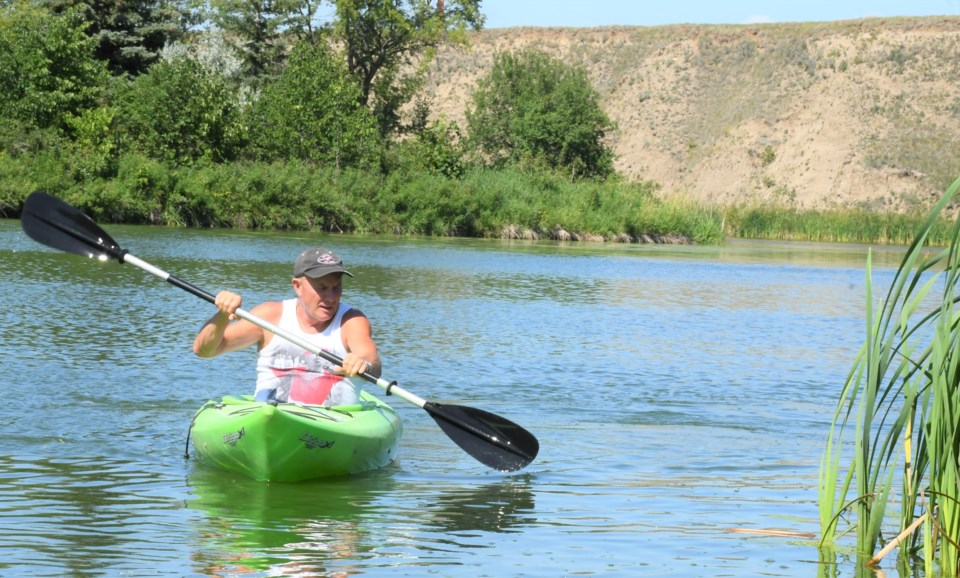 Kayak MJ River