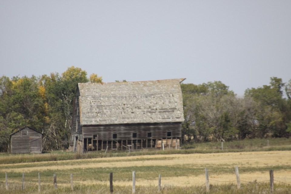 Barn near Elbow
