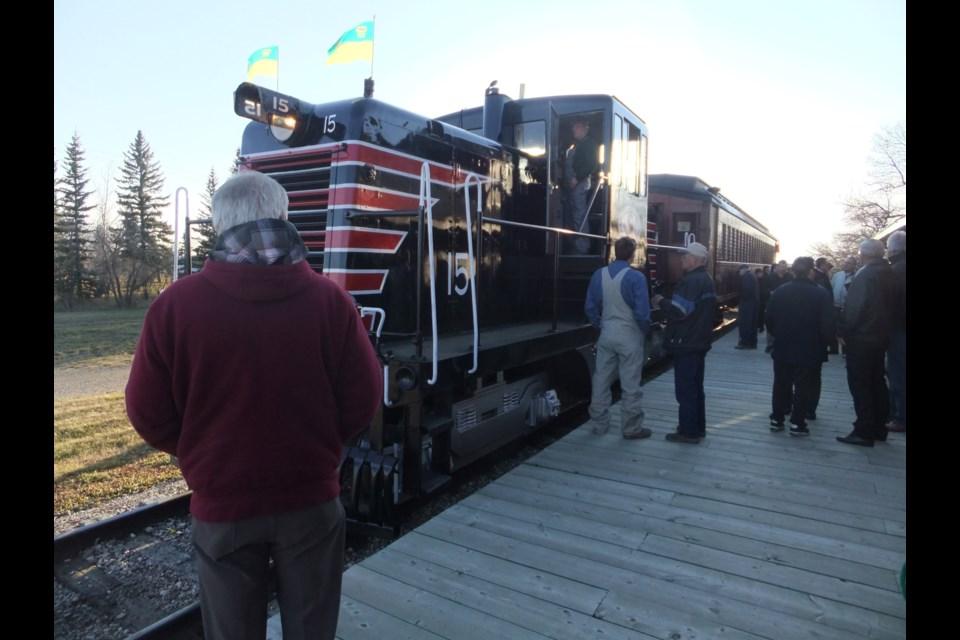 The train waits at the platform. (Photo courtesy Southern Prairie Railway)