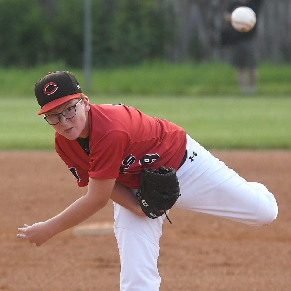 13U AAA Canucks White Sox pitch