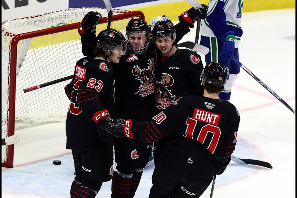 Ryder Korczak (centre) is ranked 34th overall heading into the 2021 NHL Entry Draft.