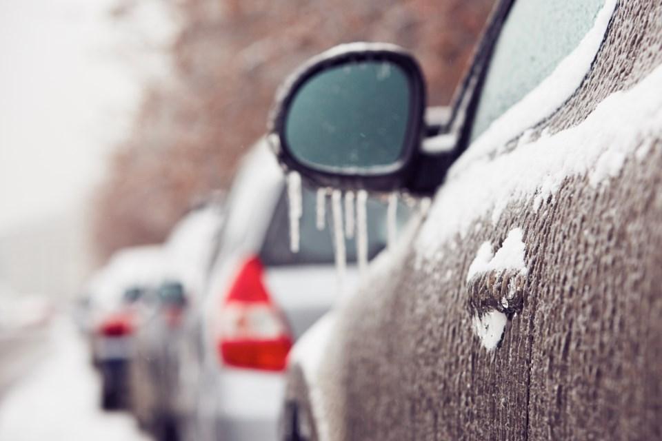 freezing-rain-car
