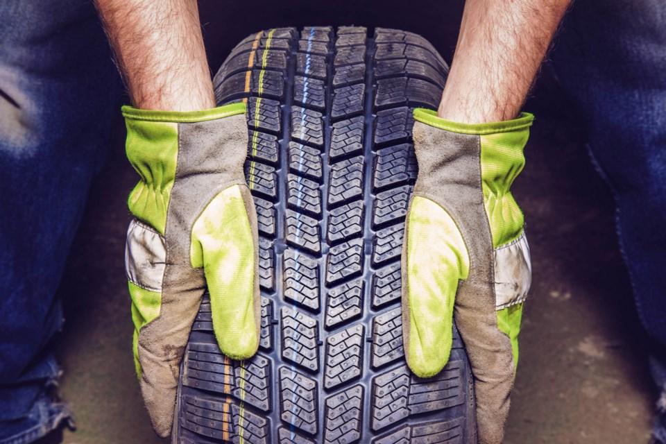 MV stock tire