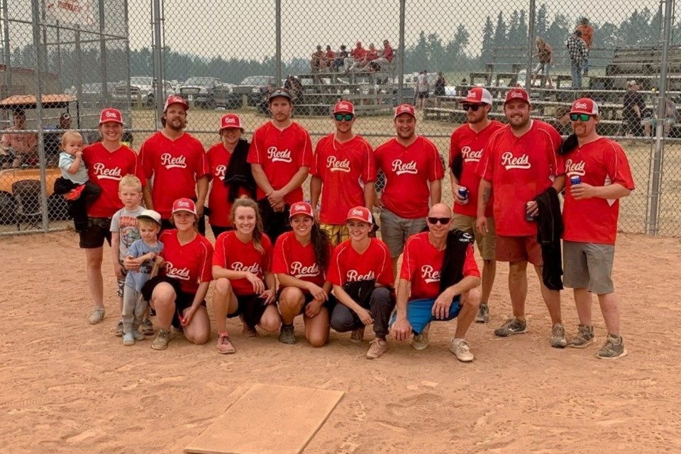 The A event winners were the Reds, from Sundre. Back row, from left: Brittney Aldrich, Ethan Bargholz, Sherri Blackhurst, Dale Nylund, Brandon Speight, Quin Jones, Mitch Kelln, Dale Aldrich and Randy Reinhard. Front row, from left: Lyndsay Stange, Meg Irving, Catarina Fonseca, Samantha Speight and Dallas Rosevear. Submitted photo