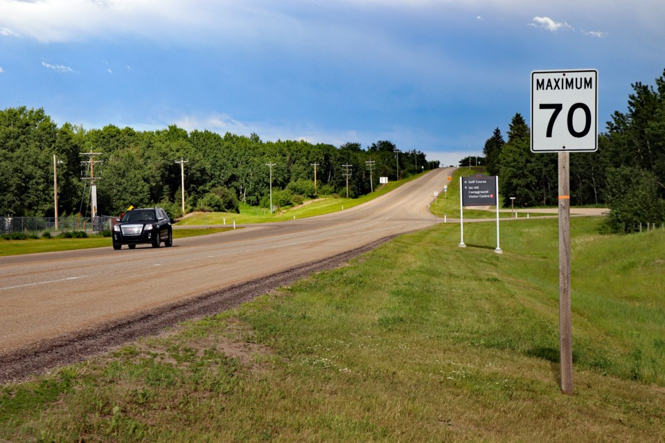A 70 km/h speed limit sign along the far western section of Innisfail's Lakewood Drive will soon change to 60 km/h after council's approval last week. Johnnie Bachusky/MVP Staff